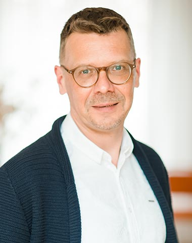 T. Hünniger