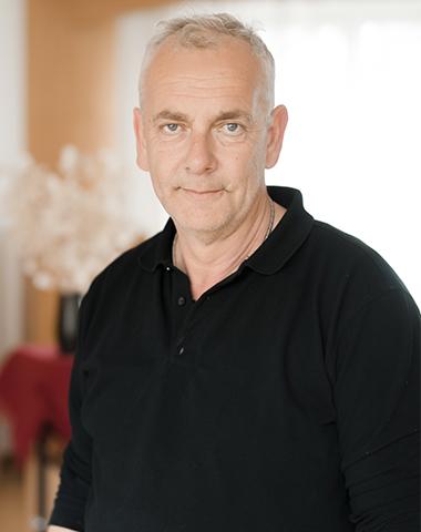 K. Pietsch